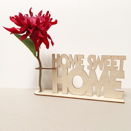 houten tekst home sweet home huis thuis housewarming house warming nieuwe woning verhuizen verhuizing verhuisd cadeau kado kadootje reageerbuis reageerbuisje bloem bloemetje hout houten berken laserkracht