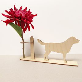 houten Labrador labradors hond honden cadeau kado kadootje reageerbuis reageerbuisje bloem bloemetje hout houten berken laserkracht
